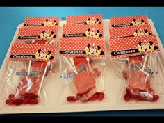 Etiquetas de Minnie para chuches. Ideas de fiesta
