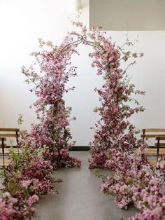 27 Lush Floral Wedding Arches That Impress #lush #floral #wedding #arches #impress