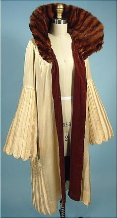 Attributed Jeanne Lanvin Ivory Silk Evening Coat with Fur Collar and Lined in Brown Silk Velvet 1926