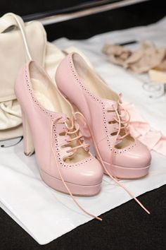 Pretty sure my life is incomplete until I find these shoes...