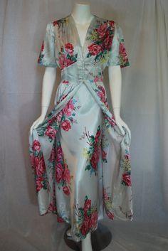 1940s Radcliffe Blue Rayon Peignoir Set 38
