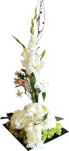 """Arreglo Floral """"Cruz de Claveles"""""""