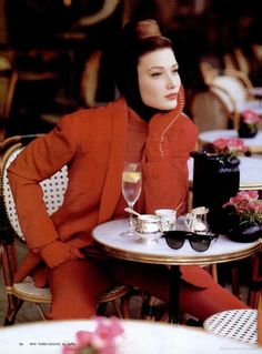 Carla Bruni ( former First Lady of France) in Paris cafe