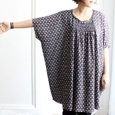 simple tunic with gathered neck [mao made]