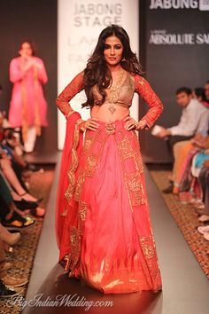 Chitrangada Singh for Harshitaa Chatterjee Deshpande at LFW W/F 2014