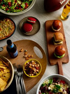 Five Tips for the Ultimate Super Bowl Bash