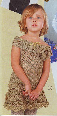 Sweet crochet girl's top