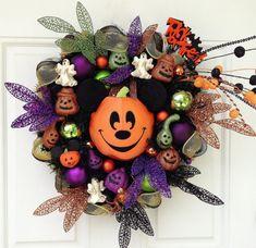 Disney Halloween Pumpkin Wreath