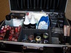 How To Put A Makeup Artist Kit Together...I wrote this a while back.