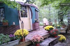 An off-the-grid yurt in the Poconos!