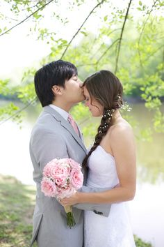 Love the bride's side braid adorned with baby's breath at this rustic pink and grey wedding   Live View Studios   Bridal Musings