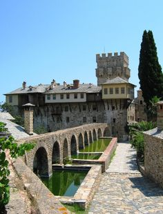 Stavronikita monastery in Mount Athos, North #Greece. It is one of the twenty orthodox monasteries of the monastic community of Agion Oros. Founded in the 11th century.  #monasteries #sacred