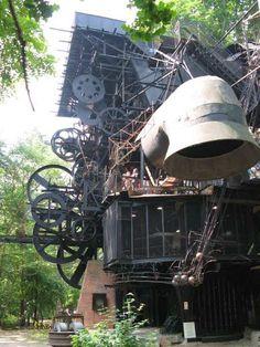 Gadzooks! It's a Steampunk Treehouse!