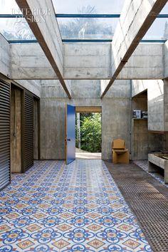 Concrete lattice.