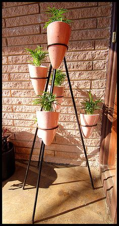Multi-pot vintage iron rod tripod planter