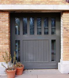 Frank lloyd wright on pinterest 201 pins for Prairie style garage doors