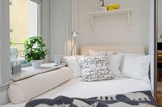 altaiss: pillow, cleanses, beds, white bedrooms, windows, small spaces, dream houses, window seats, spot