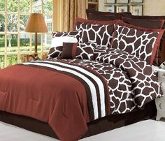 Giraffe Print bedroom decorations | ... Wildlife Giraffe Luxuary Bed Rust Red **Queen** Comforter Bedding Set