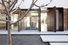 architects, houses, shmaryahu hous, architectur, kfar shmaryahu, front doors, pitsou kedem, wood walls, wall design