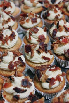 French Toast Maple Bacon Cupcakes | Apollo & Co.