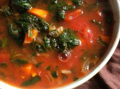 WW 0-point Slow Cooker Vegetable Soup: keeper. Super easy. Used frozen spinach and added frozen corn