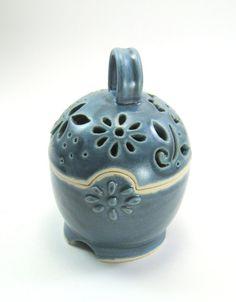 Ceramic Box Jewelry Box Garlic Keep blue flowers by GlyntPottery, $32.00