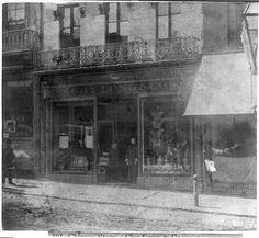 San Francisco, Calif. - Chy Lung & Co.'s store, Sacramento St