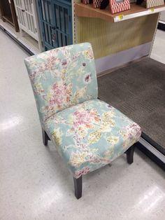 Target chair 2/26