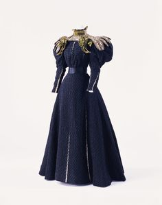 Day dress - c. 1895, by Gustave Beer - KCI