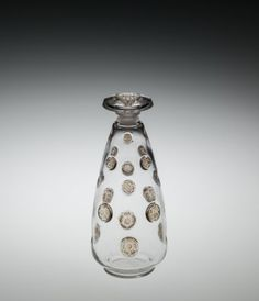 Fleurs concaves (Concave flowers) by Rene #Lalique, designed in 1912 | Corning Museum of #Glass