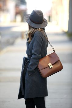navy trench & celine bag #style #fashion