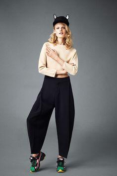 Hanne Gaby Odiele #fashion #editorial . Love the styling!!! #sneakers #moda #fotografia