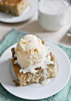 Caramelized banana bread skillet cake | how sweet it is