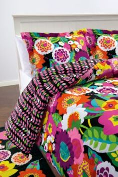 vera bradley comforter set. i wish for a bright and colorful room one day!