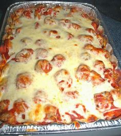 Meatball Sub Casserole | best healthy recipes in the world.....meatballs, sauce and cheese layered over toasted garlic bread.