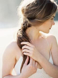 Relaxed Pony Tail