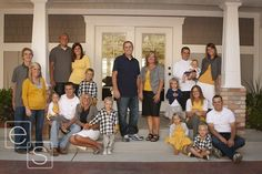 great color combo for large family photo-- I think I would do turquoise or coral instead of yellow--but I love it!