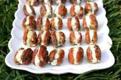 caramelized pecans with blue cheese by Amelia PS, via Flickr