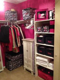 Organize your closet with Thirty-One! :)