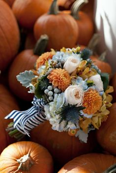 Autumn bouquet #ido #inspiration #fall #wedding #pumpkin