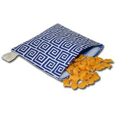 Reusable snack bags for boys and girls at www.Mamabargains.com - One deal at a time for mom, kid and baby, always 40-80% off retail. 2-10 bargains per day, every day.