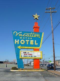 #signage #sign #motel #hotel