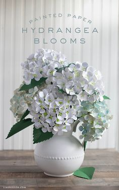 Gorgeous paper hydrangeas by Lia Griffith made with Cricut!