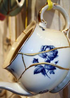 How to repair broken ceramics: JAPANESE KINTSUGI ART