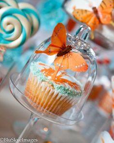 beautiful butterfly cupcake, yum!