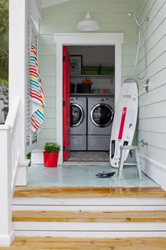 Outdoor #shower and laundry room for coastal residences.
