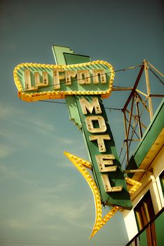 A #green motel sign from a treasure trove of vintage motel signs and architecture from the 50s and 60s taken by photographer bomobob.