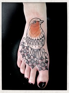 Caroline karenine karenin tribal, robin tattoo, color, carolin karenin, caroline karenine, pretti bird, perso tattoo