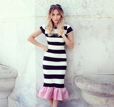 Silvia P. - Rock & Roses Dress, Zerouv Sunnies - Wear stripes and be happy!