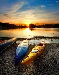 .kayaking
